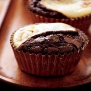 Black & White Brownie Cupcakes