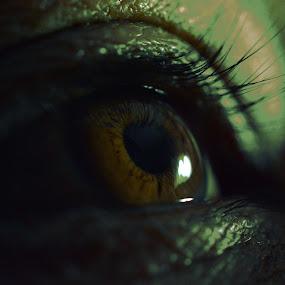 eye upclose by Payal Das - Abstract Macro
