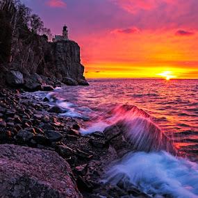 Split Rock lighthouse by Ben Podolak - Landscapes Sunsets & Sunrises ( minnesota, split rock, lighthouse, north shore, lake superior )