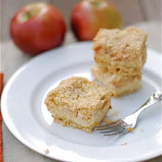 Apple Crumb Cheesecake Bars.