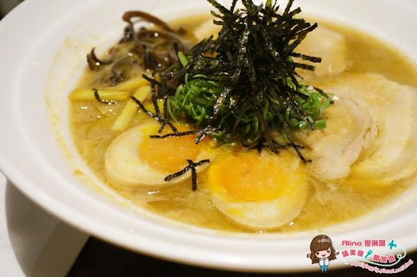 花蓮市 匠心食堂 濃郁湯頭夠味又美味的日式拉麵店 黑嚕嚕的墨魚拉麵好特別