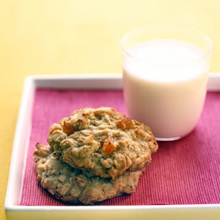 Oatmeal-Apricot Cookies.