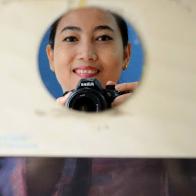 Mirror by Dwi Ratna Miranti - People Portraits of Women