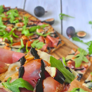 Grilled Flatbread With Figs, Prosciutto And Arugula