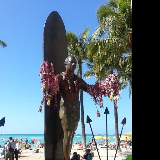 Duke Paoa Kahanamoku Statue - Jan Gordon Fisher — Google