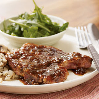 Pan-Seared Pork Chops with Red Currant Sauce