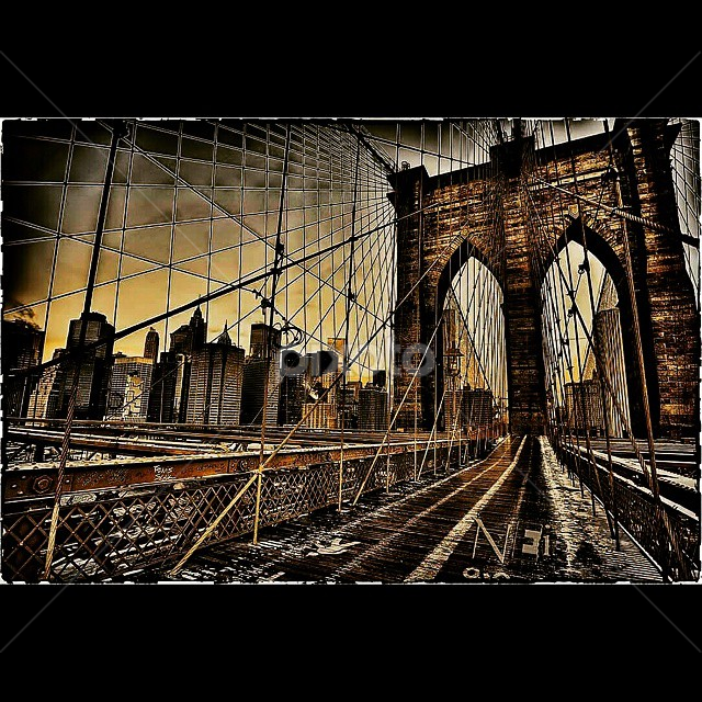Built in 1885 the architecture of this bridge is amazing n ove 200 people died during utd construction# historicalarchitecturesteel# by Dawn Robinson - Uncategorized All Uncategorized ( architecture, historicalbridge, gutsstonem, sunset_porn, sunsetsniper, sky_scapes, fairytale_sunset )