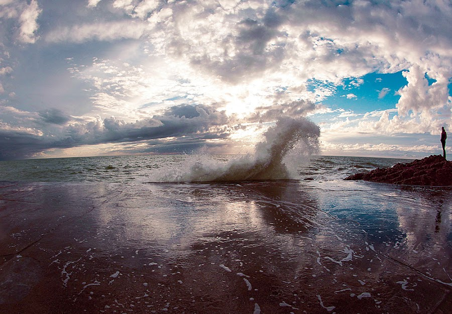 Crashing by Marija Stankovic - Landscapes Waterscapes ( clouds, water, nature, sea, weather, travel, beach, landscape, sun )