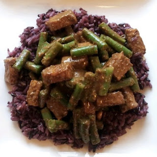 Tempting Tempeh And Green Beans.
