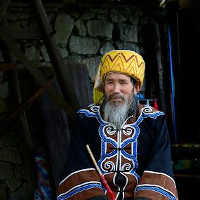 by Madhu Payyan Vellatinkara - People Portraits of Men ( old, farmer, nikon, people, china )