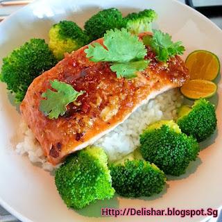 Baked Thai Salmon on Steamed Rice