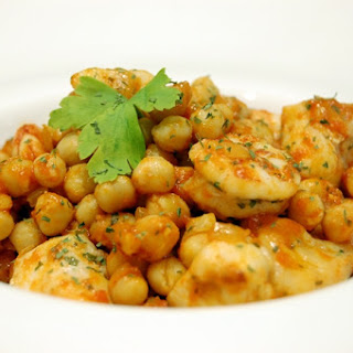 Garbanzos Sprinkled with Monkfish and Shrimp.