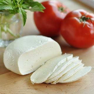 How to Make Homemade Mozzarella