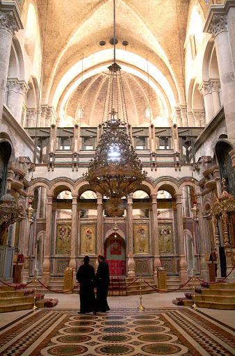 basilica-holy-sepulchre-Jerusalem - Basilica of the Holy Sepulchre, Jerusalem.