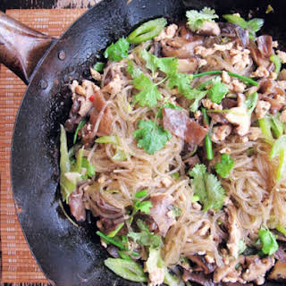 Glass Noodles with Chicken and Mushrooms.