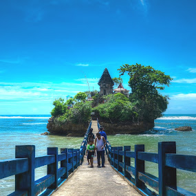 Bale Kambang by Curly Yanni - Landscapes Travel ( cool, bale, curl, kambang, travel )
