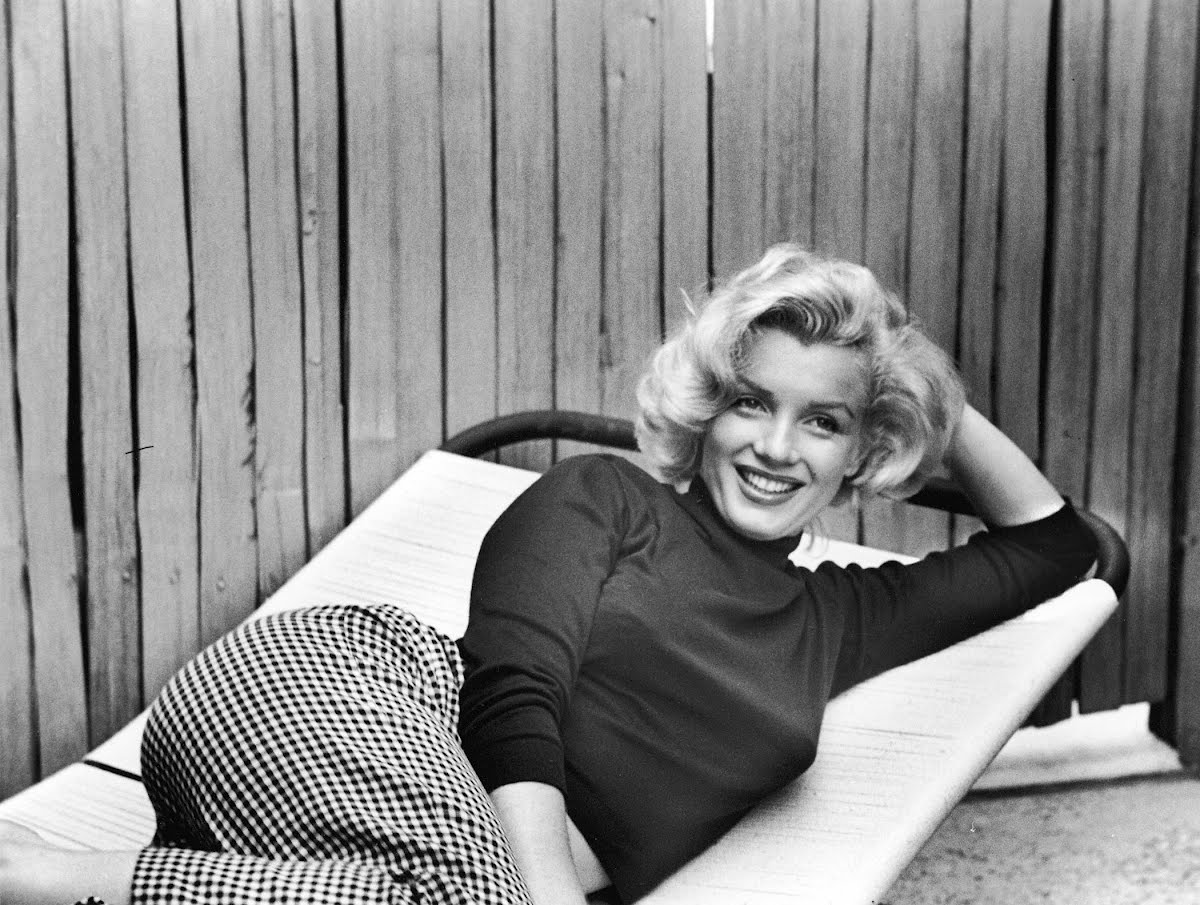 c8e233b2594 Marilyn Monroe and the power of her 4-inch stiletto heel — Google Arts    Culture