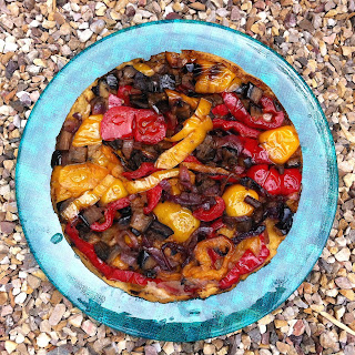 Quirche Yellow Peppers, Red & Red Onion