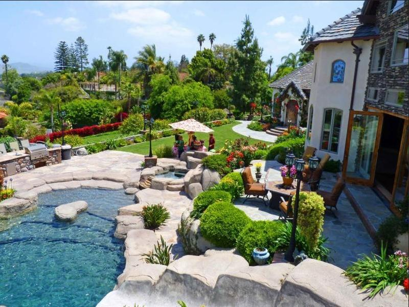 100++ Home Garden Design Ideas - Google Play Store Revenue
