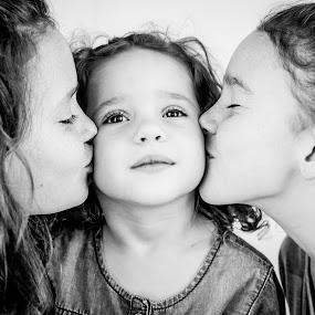 angelic toddler by Sheena True - Babies & Children Child Portraits (  )