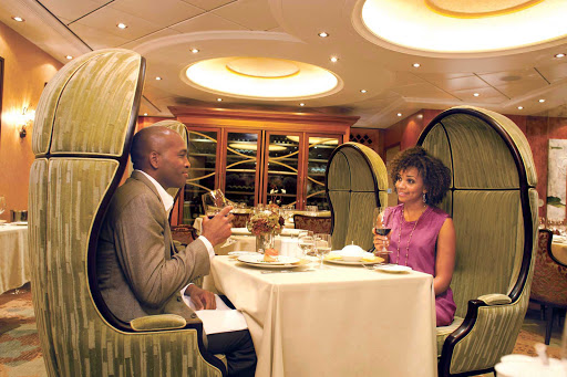 Oasis-of-the-Seas-150-Central-Park-dining-room - 150 Central Park aboard Oasis of the Seas offers guests an intimate dining experience overseen by James Beard Award-winning chef and Miami restaurateur Michael Schwartz.