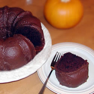 Easy Chocolate Bundt Cake Glaze
