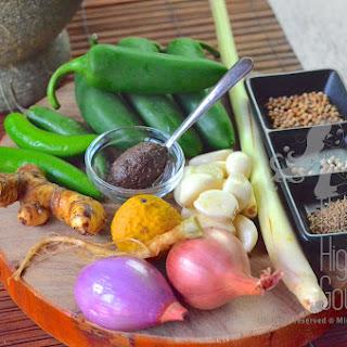 Authentic Thai Green Curry Paste, Krueang Kaeng Khiao Wan – Thai Curry Episode II