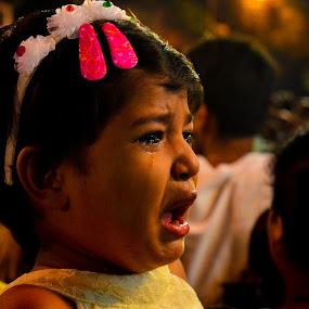 Scream. by Souvik Kundu - Babies & Children Child Portraits ( scream, baby girl, crying, cute, street photography )
