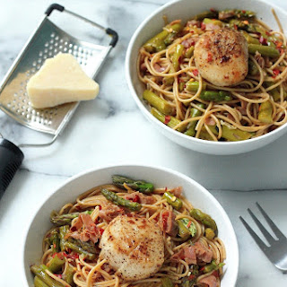 Spaghetti with Asparagus, Prosciutto, and Perfectly Seared Scallops.
