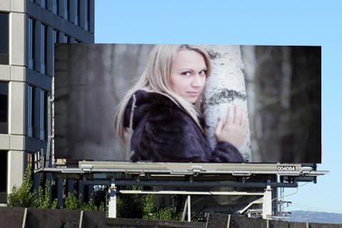 广告牌框架和照片
