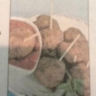 Cocktail Meatballs with Cranberry Marinara