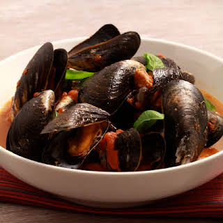 Tomato and Chorizo Flavored Mussels.