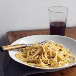 Linguine with Garlic and Breadcrumbs.