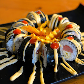 Salmon Skin Roll by Rudyanto A. Wibisono - Food & Drink Plated Food (  )