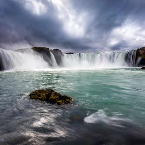 Waterfall of the Gods by Páll Jökull Pétursson - Landscapes Waterscapes ( sumar, 2013, landslag, waterfall, canon eos 5d mkii, foss, landscape, iceland, goðafoss, skjálfandafljót, summer, ísland, norðurland, bárðardalur,  )