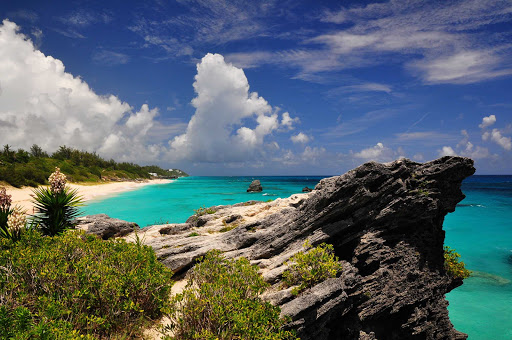 jobson-cove-Bermuda - A stretch of Jobson's Cove in Bermuda.