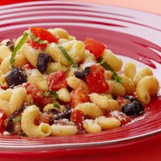 Fresh Pomodoro Pasta, White Beans & Olives.