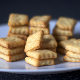 Parmesan Cream Crackers