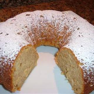 Super Duper Easy Apple Cake.