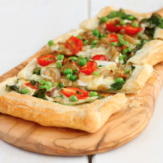 Brie and caramelized Shallots Puff Pastry Brie Tart.