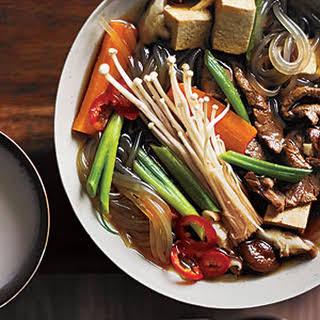 Bulgogi Jungol (Korean Bulgogi Soup).