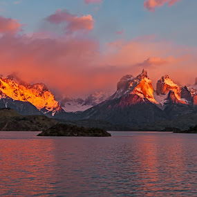 Sunrise Cuernos del Paine by Jay Gould - Landscapes Sunsets & Sunrises ( 2009, mountains, argentina-torres del paine, red clouds, reflections, lake, sunrise,  )