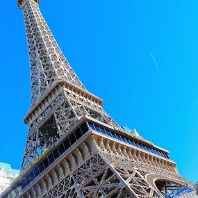 Eiffel Tower Restaurant, Las Vegas by Vikram Mehta - Buildings & Architecture Office Buildings & Hotels ( las vegas, paris, detail, tower, bright, eiffel, hotel, architecture, day, restaurant )