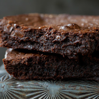 The Perfect Fudgy Brownies (Grain-Free, Paleo).