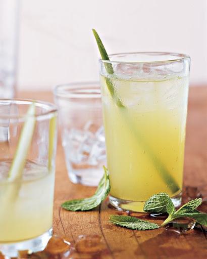 10 Best Cucumber Vodka Drinks Recipes