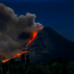 Eruption of Sinabung... by Palti Siregar - Landscapes Mountains & Hills