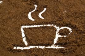 Dudas qué cafetera comprar? te damos algunas claves para que decidas si te conviene una cafetera express, automática ó de cápsulas para sacarte de dudas.