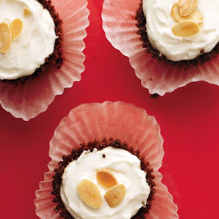 Mini Ginger-Almond Cheesecakes