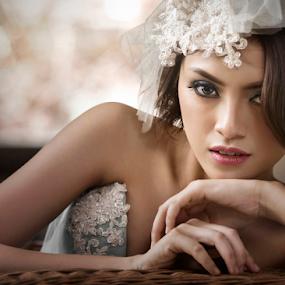 Dwi by Ivan Lee - People Portraits of Women ( canon, model, girl, beauty, bride )