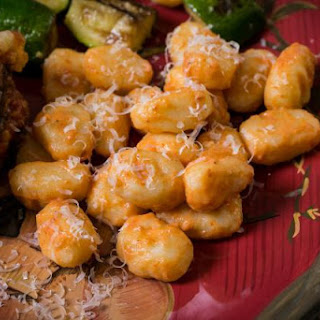 Potato Gnocchi With Pink Sauce (Diary, Passover).